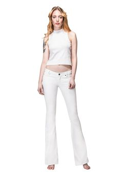 Tailor-made jeans, chinos und shorts. The Perfect Fit Iceland, Bespoke, White Jeans, Perfect Fit, Shorts, Pants, Women, Fashion, Moda