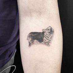 10+ Of The Best Dog Tattoo Ideas Ever Grey Ink Tattoos, Tribal Sleeve Tattoos, Dog Tattoos, Black And Grey Tattoos, Body Art Tattoos, Gray Tattoo, Geometric Tattoos, Tatoos, Corgi Tattoo