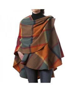 100% pure wool Lambswool Cape from John Hanly. These capes are an ideal #gift. No sizing. They come with or without fringes. Check our website.