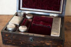 Antique 1800's Rosewood Train Case / Dresser Valet with ORIGINAL GLASS BOTTLE AND ORIGINAL MIRROR!! AHHHH!!