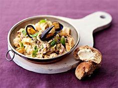 Nopea ja herkullinen simpukkapasta valmistuu laadukkailla raaka-aineilla. Halutessasi äyriäisiä, kuten katkarapuja tai mustekalaa, voi lisätä joukkoon enemmänkin. Grains, Rice, Pasta, Chicken, Meat, Recipes, Beef, Rezepte, Ripped Recipes