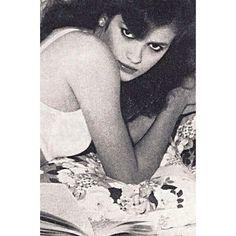 #Rare #blue #giacarangi #gia #supermodel #model #fashion #beautiful #beauty #vintage #vogue #1980s Gia Carangi, Beach Blonde, Vintage Vogue, 1980s, Artwork, Beautiful, Instagram, Model, Blue