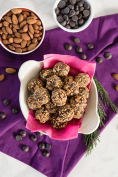 Try our Sweet'N Low recipe for Vanilla-Almond Chocolate Truffles! Almond Chocolate, Chocolate Cream, Chocolate Truffles, Chocolate Lovers, Vanilla Recipes, Homemade Vanilla, Sweet And Low, Low Sugar, Sweet Desserts