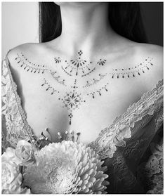 Small Chest Tattoos, Chest Tattoos For Women, Chest Piece Tattoos, Dot Tattoos, Body Art Tattoos, Girl Tattoos, Back Piece Tattoo, Back Tattoo, Henna Tattoo Designs