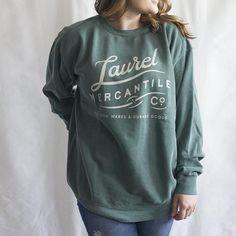 Heavyweight Pigment-Dyed Sweatshirt with/American Bulldog Silhouette