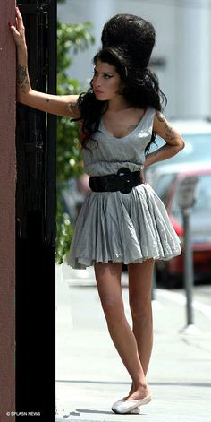 "Amy Winehouse Sports New Beehive On The Set Of ""Tears Dry On Their Own"" Music Video"