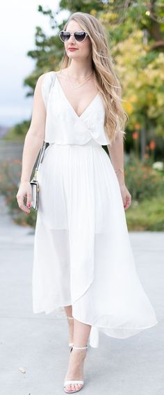 All White Everything Romantic Style