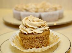 Gluten-Free Apple Spice Cupcakes with Cinnamon Frosting. This gluten-free apple spice cupcake recipe produces a light and tasty cupcake with a moist crumb. Gluten Free Cupcakes, Gluten Free Sweets, Gluten Free Cooking, Gluten Free Recipes, Gourmet Recipes, Just Desserts, Delicious Desserts, Yummy Food, Cupcake Recipes