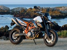 2010 KTM 990 SM T and 990 SM R: MD First Ride � MotorcycleDaily ...
