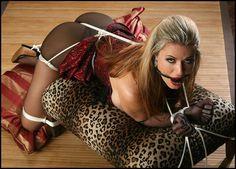 Fleece and bondage : Photo