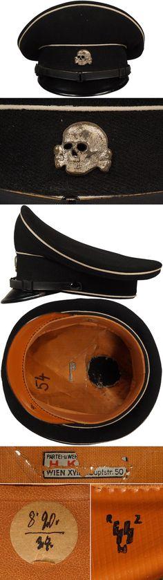 Original ALLGEMEINE-SS EM/NCO'S VISOR CAP. (Schirmmütze) Check out my website for more original WW2 items: http://www.vantiques.nl