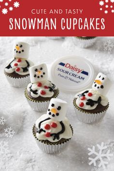 These cute and kid-friendly Melting Snowman Cupcakes are the perfect holiday recipe for the whole family. Winter Desserts, Holiday Desserts, Holiday Baking, Holiday Treats, Christmas Baking, Holiday Recipes, Halloween Desserts, Christmas Deserts, Christmas Cupcakes