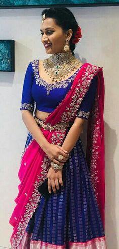 Indian Lehenga, Half Saree Lehenga, Lehnga Dress, Saree Look, Ghagra Saree, Bridal Lehenga, Lehenga Choli Designs, Silk Saree Blouse Designs, Saree Blouse Patterns