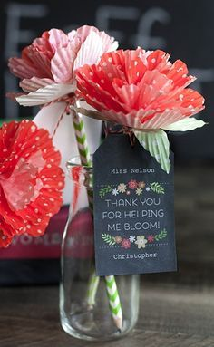 papieren bloem voor juf of meester die jouw kind liet opbloeien!