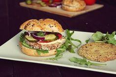 Wegetariańskie burgery – 4 przepisy (via Bloglovin.com )