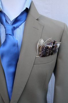 Double Pocket Square, nice!