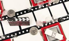 La nappe blanche met parfaitement en valeur ce chemin de table, imitant une pellicule de cinéma.