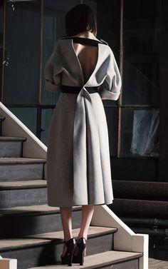 Maison Rabih Kayrouz Pre-Fall 2016 - Preorder now on Moda Operandi