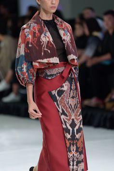 Source by mrprawira dress Batik Fashion, Ethnic Fashion, Hijab Fashion, Fashion Dresses, Blouse Batik, Batik Dress, Trend Fashion, Fashion 2020, Fashion Design
