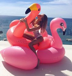 Hot selling inflatable flamingo toy for Pink flamingo pool float Beach Jeep, Beach Camper, Beach Bum, Summer Girls, Summer Time, Skinny Motivation, Vs Swim, Beach Images, Pool Floats