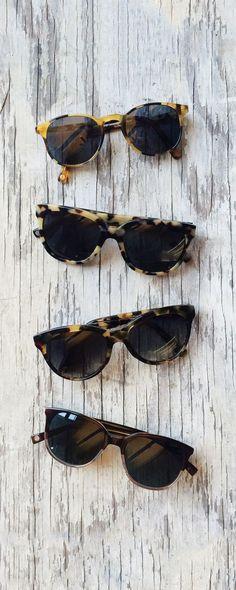 Óculos de sol para dias de praia e noites de festa!
