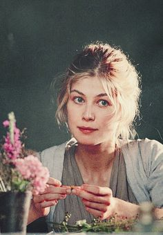 Rosamund Pike as Jane Bennet » Pride and Prejudice {2005} >> #prideandprejudice #pp2005 #janeausten #rosamundpike #janebennet #goddness