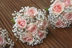 vintage pale pink roses, bridesmaid flowers, babies breath, gypsophila, pale pink flowers