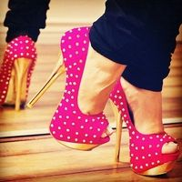Women's Style Pumps Hot Pink and Gold Stripper Heels Peep Toe Studded Pumps Fall Outfits 2017 Winter Outfits 2017 Women's Chic Fashion Illustration for Engagement, Honeymoon Stilettos, Stiletto Heels, Pink Heels, Sexy Heels, Gold Heels, Magenta Heels, Shoe Boots, Shoes Heels, Flats