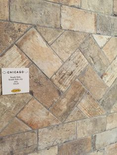 Cir Chicago southside cotto tegels 10x20 cm Foyer Flooring, Brick Flooring, Kitchen Flooring, Brick Tiles Kitchen, Brick Look Tile, Chicago, Modern Apartment Decor, Ranch Kitchen, Garage Remodel