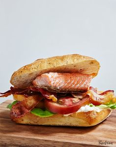 16 Leftover Salmon Recipes for Busy Weeknights purewow ingredient fish cooking recipe food easy dinner seafood healthy fast Pan Fried Salmon, Roasted Salmon, Baked Salmon, Blt Recipes, Fish Recipes, Seafood Recipes, Dinner Recipes, Lunch Recipes, Cake Recipes