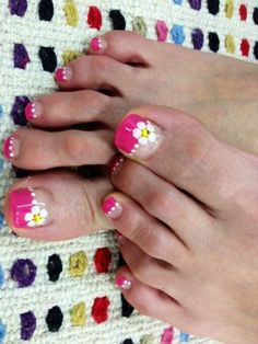 Pretty Pedicure Nail Art Designs - Nail styles and Nail Polish | Daily Nail