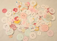Paper Buttons 100pk - FREE POSTAGE £1.00