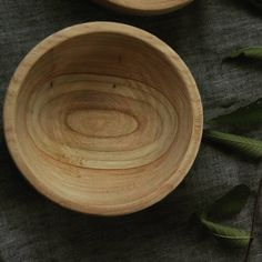 «Черновое точение тарелочки из вяза/ Rough turning plates from elm #woodengarage #woodwork #secondlifeofwood #wooden bowl»