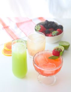 If it's Saturday night and you want to kick back and relax without alcohol, but want something more celebratory than sparkling water, a Primal Mocktail is what you need. Primal Mocktails are non-alcoholic, low in sugar, refreshing, and fun to drink, so you don't feel like you're missing out when a pitcher of margaritas is […]