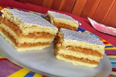 Retete Culinare - Prajitura cu mere Romanian Desserts, Romanian Food, Romanian Recipes, My Recipes, Cake Recipes, Cooking Recipes, European Dishes, Good Food, Yummy Food