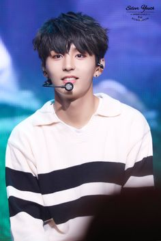 U should love golden child, he just look like jungkook from bts rght?
