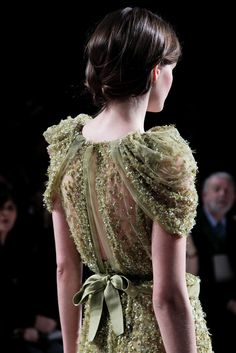 Elie Saab Spring 2011 Couture Accessories Photos - Vogue
