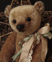 Humble-Crumble Collectors Bears in Paglesham EastEnd, Rochford: our range of toys and games.
