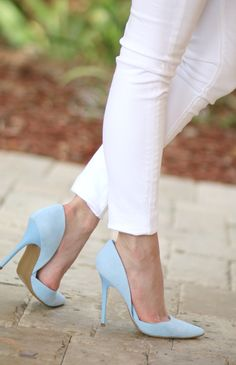 Light blue is all the rage this spring, and these pumps are a must have!