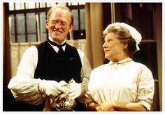 Gordon Jackson as Hudson and Angela Baddeley as Mrs. Bridges