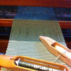 Weaving table runners