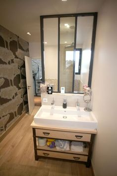 salle de bains verrière