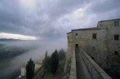 Montebello di Torriana. Rocca dei Guidi di Bagno. Fortress of the Guidi of Bagno Family. #castello #castelli #fortress #castle