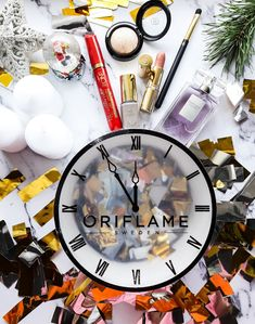 World's best products 👍 Huda Beauty, Beauty Makeup, Oriflame Business, Oriflame Beauty Products, Girl Background, Aesthetic Iphone Wallpaper, Body Care, Sweden, Hair Care