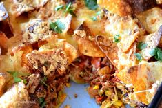 Nachos met gehakt (uit de oven)   Betty's Kitchen Diner Recipes, Mexican Food Recipes, Cooking Recipes, Healthy Recipes, Tapas, I Love Food, Good Food, Yummy Food, Oven Dishes