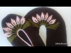 Uç Kısmı Detaylı Tunus İşi Patik - YouTube Youtube Tips, Knitted Baby Clothes, Baby Knitting, Elsa, Diy And Crafts, Knitting And Crocheting, Shoes, Socks, Amigurumi
