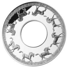 Серебряная монета-кольцо с механизмом вращения – достойный подарок в Год Коня!
