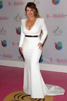 Chiquis Rivera - I love love her dress! Older Women Fashion, Curvy Fashion, Plus Size Fashion, Girl Fashion, Fashion Outfits, Womens Fashion, Fashion Hair, Fashion Trends, Nice Dresses