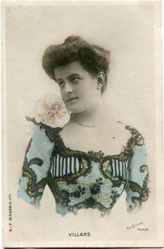 Vintage-French-RPPC-postcard-Actress-Stage-Star-miss-Villars-Reutlinger