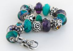 Ginger on the Trollbeads Gallery Forum is our resident photographer and this photo is perfect! Thank you Ginger!